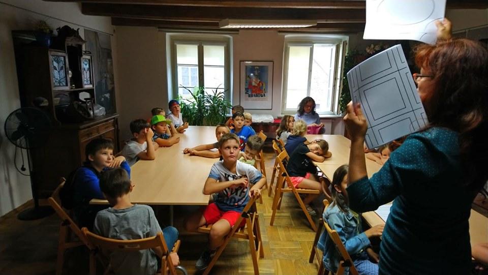 Spacerkiem po Krakowie – Wizyta w Kamienicy Hipolitów